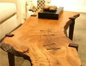 الخشب الطبيعى يكسب.. 4 أفكار لترابيزات وكراسى غير تقليدية من غير دهان