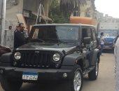 صور ..«بدلة» تامر حسنى تعطل المرور فى مصر الجديدة
