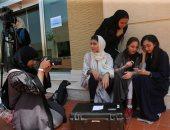 صور.. سعوديات تدرسن صناعة السينما فى جامعة جدة