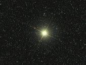 """الليلة.. نجم """"أبسيلون"""" يزين سماء الوطن العربى بقمة مثلث نجمى"""
