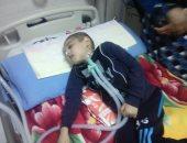 عبدالله طفل حبيس غرفة العناية منذ عامين بالبحيرة ووالدته تستغيث لعلاجه