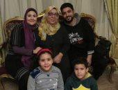 صور.. الأم المثالية ببورسعيد: رفضت الزواج بعد وفاة زوجى من أجل أولادى