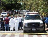 صور.. مجهولون يطلقون النار على سيارة فى المكسيك ويقتلون قائدها