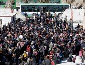 مدنيون ومقاتلون يتجمعون فى جنوب الغوطة الشرقية تمهيداً لإجلائهم