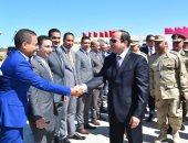 """فيديو وصور.. الرئيس السيسي يصل مشروع الاستزراع السمكى بـ""""شرق بورسعيد"""""""