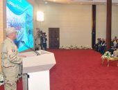 كامل الوزير: تنفيذ أولى مراحل المنطقة الاقتصادية للقناة بمساحة 20 مليون متر (صور)