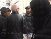 فيديو.. إخوانى يسب الناخبين بباريس.. وأبناء الجالية: الإخوان أوسخ ناس