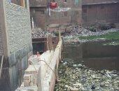 مياه الصرف الصحى تهدد حياة 300 أسرة بشارع حافظ بمنشية ناصر