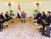 السيسي يستقبل وزير خارجية الإمارات.. ويؤكد: نتصدى لكافة التدخلات الخارجية