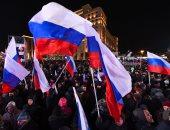 صور.. آلاف الروس يحتفلون بالذكرى الرابعة لضم روسيا لشبه جزيرة القرم