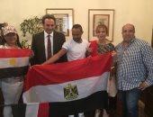 صور.. إقبال المصريين فى جنوب أفريقيا على التصويت بالانتخابات الرئاسية