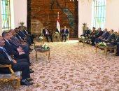 الرئيس السودانى: ليس لدينا أَى خيار سوى التعاون مع مصر.. وندعم السيسي (صور)