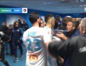 """فيديو.. """"خناقة"""" عنيفة بين لاعبى مارسيليا وليون بعد قمة الأمس"""