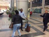 """صور.. """"جيلبرتو"""" يصل على طائرة بعثة الأهلى لحضور القرعة الإفريقية"""