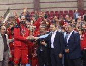 صور.. الأهلى يهزم سبورتنج ويتوج بكأس مصر لكرة السلة