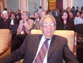 """عمرو موسى: أحمد قطان كان """"دينامو"""" لا يكل من خدمة قضايا بلاده"""