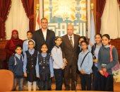 محافظ القاهرة يلتقى أعضاء مبادرة الإرادة المصرية للتعلم