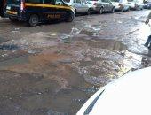 مياه الصرف الصحى تغرق شارع الدلتا فى سبورتنج بالإسكندرية.. صورة