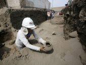 """صور.. اكتشاف مقبرة بشرية تعود لحضارة """"تشيمو"""" فى بيرو"""