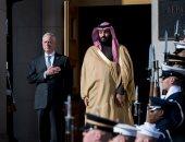 صور.. ولى العهد السعودى يبحث مع وزير دفاع أمريكا العلاقات بين البلدين