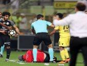 فيديو.. تدخل قوى من لاعب الوصل على مدرب الإمارات السابق