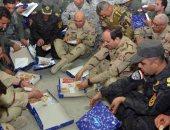 الرئيس السيسى: فخور بأبناء مصر الأبطال .. وفخور بوجودى بينهم