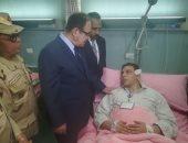صور.. مصابو حادث الإسكندرية لوزير الداخلية: الإرهاب لن ينال من عزيمتنا