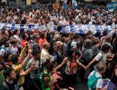 صور.. مظاهرات فى الأرجنتين للتذكير بجرائم الدكتاتور خورخى فيديلا