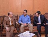 محافظ أسيوط ورئيس لجنة الانتخابات يطمئنان على جاهزية استقبال الناخبين