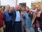 نقابة النسيج تنظم زيارات للشركات لحث العمال على المشاركة فى الانتخابات