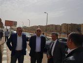 نائب وزير الإسكان يتفقد مشروعى الأسمرات 3 والشهبة لتطوير المناطق غير الآمنة
