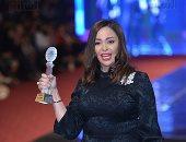صور.. تكريم داليا البحيرى ودينا فؤاد ونجوم الفن بعرض أزياء بهيج حسين
