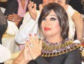 شاهد فيفى عبده فى طريقها للجنة الانتخابات الرئاسية