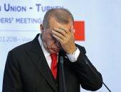 العملة التركية تهبط لمستوى قياسى منخفض جديد مقابل الدولار عند 5 ليرات