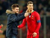 صور.. رونالدو يثير جنون جماهير مواجهة البرتغال وهولندا