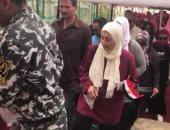 فيديو.. احتشاد الناخبين أمام اللجان الانتخابية فى مدينتى