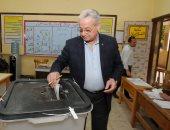 رئيس شركة المقاولون العرب يدلى بصوته فى انتخابات الرئاسة