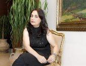 """السورية مها حسن تنتظر صدور """"حى الدهشة"""" الـ11 فى مسيرتها الروائية"""