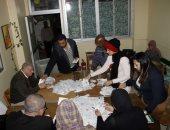 مؤشرات أولية.. اللجنة العامة بنقادة بقنا: السيسى على 33254 صوتًا وموسى 869