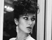 بيلا حديد فى جلسة تصوير بالأبيض والأسود لصالح Vogue