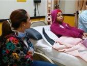 فيديو.. سارة درزاوى نجمة مسرح مصر تزور طفلة بمستشفى 57357