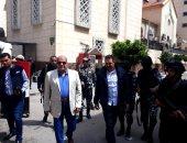 """فيديو وصور.. مدير أمن بورسعيد يتفقد تأمين الكنائس تزامنا مع """"أحد السعف"""""""