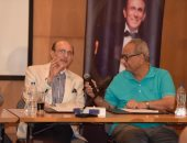 صور .. محمد صبحى: حياتى عبارة عن بروفة.. وأكسب جيدا من عملى فى المسرح