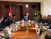 رئيس الوزراء يؤكد حرص الدولة على توفير مناخ جاذب للاستثمارات (صور)