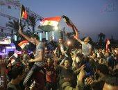 المواطنون يتوافدون على ميدان قصر القبة للاحتفال بفوز الرئيس السيسى - صور
