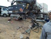 تصادم سيارة نقل ثقيل بأتوبيس على طريق القطامية وأنباء عن وقوع وفيات