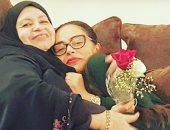 """شيريهان تنشر صورة مع شقيقتها جيهان على """"إانستجرام"""": """"من بعد أمى هى أمى"""""""