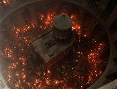 """سبت النور .. لحظة ظهور النور المقدس فى كنيسة القيامة بالقدس """"صور"""""""