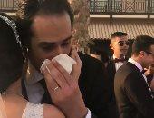 عمرو سعد ينشر فيديو بكاء مجدى الجلاد فى حفل خطوبة ابنته سما بالتجمع الخامس