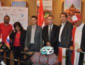 مغامر مصرى ينطلق بدراجته إلى روسيا لحضور كأس العالم مرورا بـ7 دول